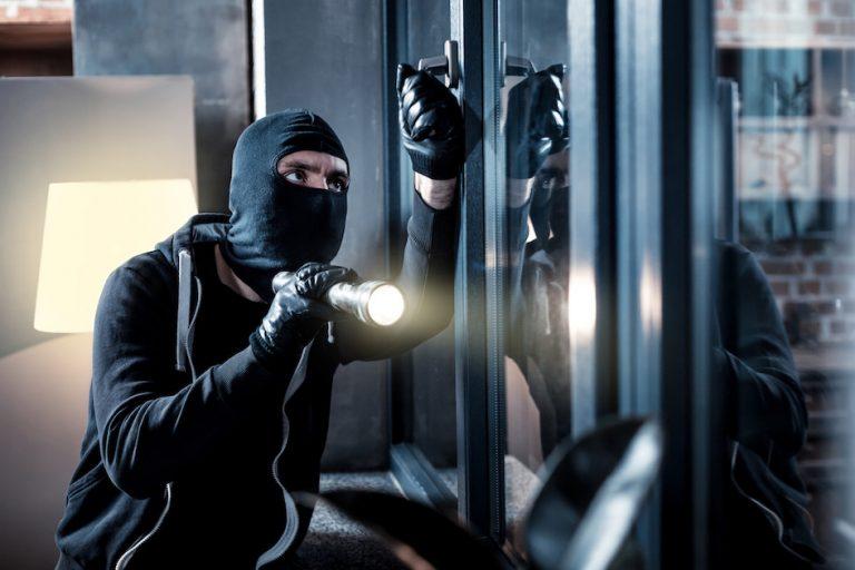 Protéger vos locaux des cambriolages